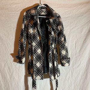 Jackets & Blazers - Trench Coat!